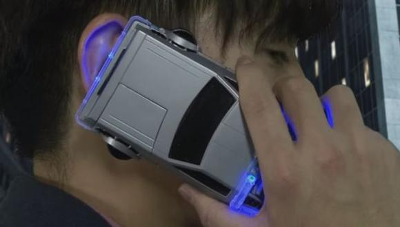 YouTube: el 'DeLorean' volvió como case para iPhone 6 (VIDEO)