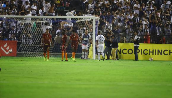 Alianza Lima vs. Barceloa: Affonso erró segundo penal pero consiguió el hat trick tras el rebote. | Foto: Violeta Ayasta/GEC