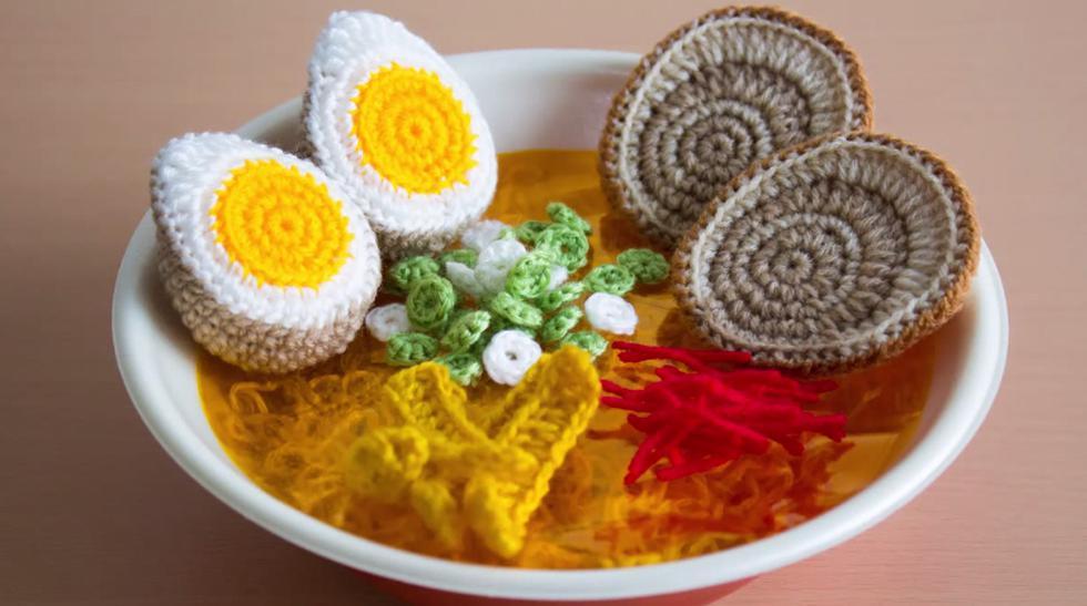 Aprende a crear deliciosos platillos usando lana y un crochet - 1