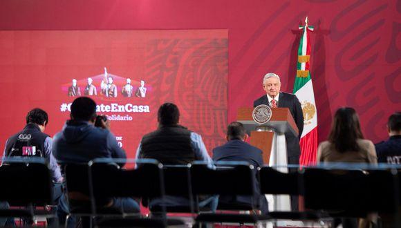 El presidente de la SIP, Christopher Barnes, advirtió que el sesgo autoritario, ideológico y despectivo con el que el mandatario mexicano ataca a los medios puede motivar a generar violencia y atacar físicamente a los periodistas y medios. (Foto: Presidencia de México, vía EFE)