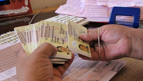Medida contempla a licencias vencidas entre el 31 de marzo y 29 de septiembre del 2019. (Foto: USI) (Foto: GEC)