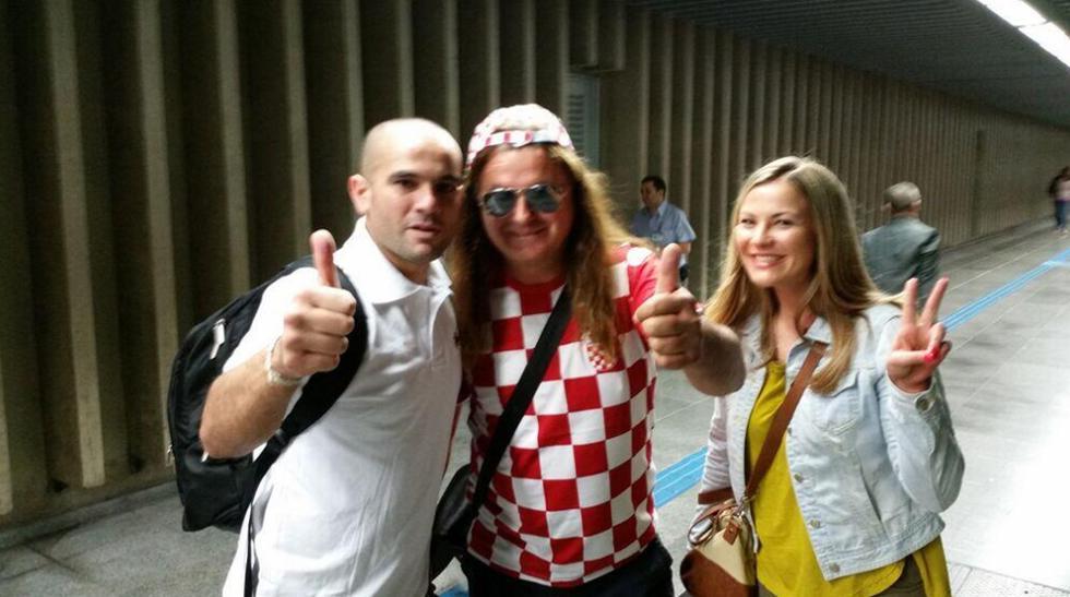 Famosos peruanos ya disfrutan en Brasil la fiebre del Mundial - 8