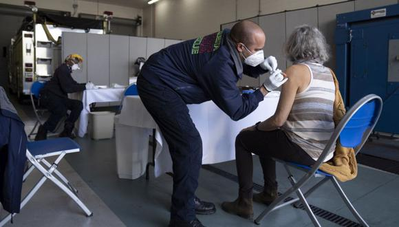 Coronavirus en Florida, Estados Unidos | Últimas noticias | Último minuto: reporte de infectados y muertos hoy,  viernes 15 de enero | Greg Lovett /Northwest Florida Daily News via AP)