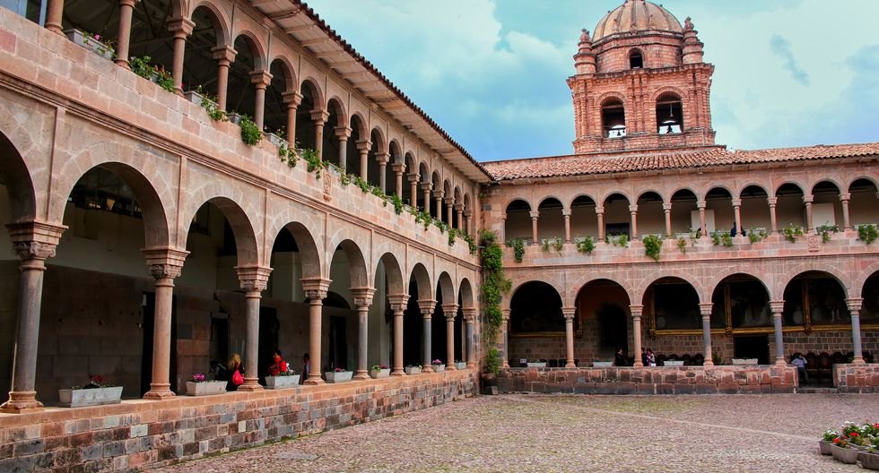 Templo de Santo Domingo. Si a tu pareja le gusta las tradiciones religiosas, un lugar que le encantará conocer es el templo de Santo Domingo, uno de los lugares preferidos para las bodas en Cusco.(Foto: Shutterstock)