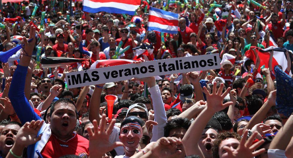 Miles de costarricenses festejaron clasificación en Brasil 2014 - 1