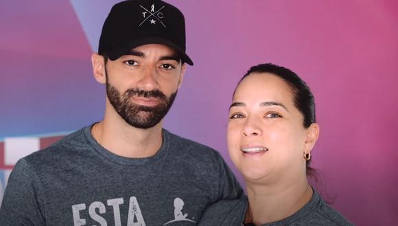 """Adamari López y Toni Costa sobre estafas en las redes sociales: """"No se dejen engañar por cuentas falsas"""". (Foto: captura YouTube)."""