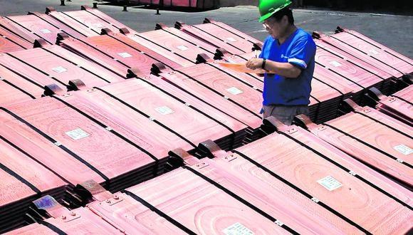 El precio del cobre se recuperó a su nivel prepandemia a mediados de junio. Desde entonces, ha ido ganando terreno hasta ubicarse, en la actualidad, en US$293,4 la libra. En el último mes ha avanzado 4,47%.