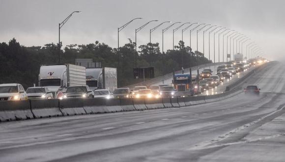 Las autopistas de salida de Luisiana colapsaron este fin de semana antes de la llegada del huracán Ida. (Reuters).