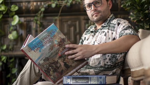 """Historiador Eric Koechlin Febres, autor de """"Guía del proceso emancipador"""", libro editado por el Fondo Editorial del Congreso del Perú."""