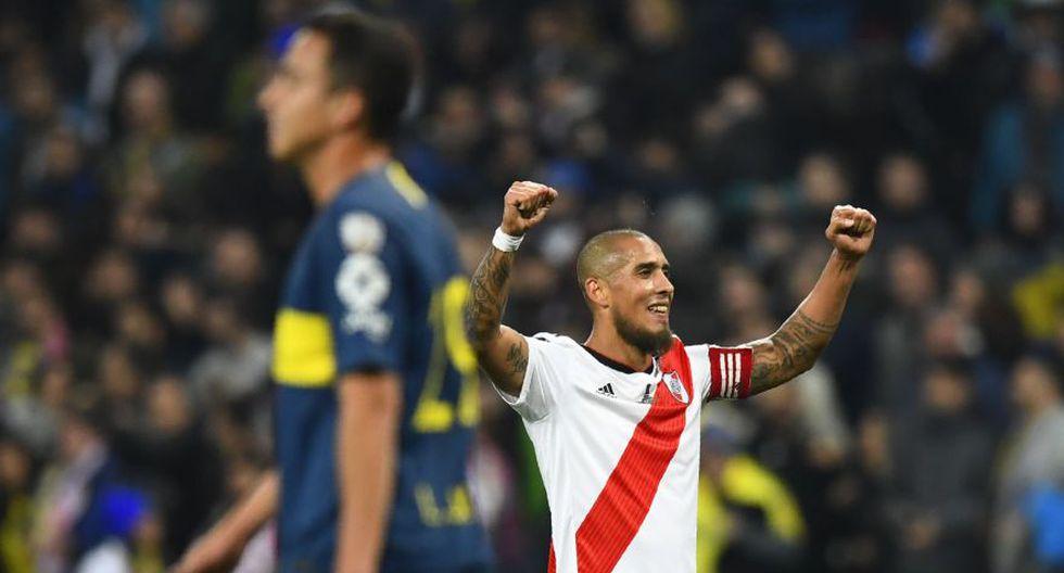 Todos los futbolistas que integran la plantilla de River Plate celebraron con locura y vehemencia el triunfo (3-1) sobre Boca Juniors, que permitió alcanzar la Copa Libertadores. (Foto: AFP)