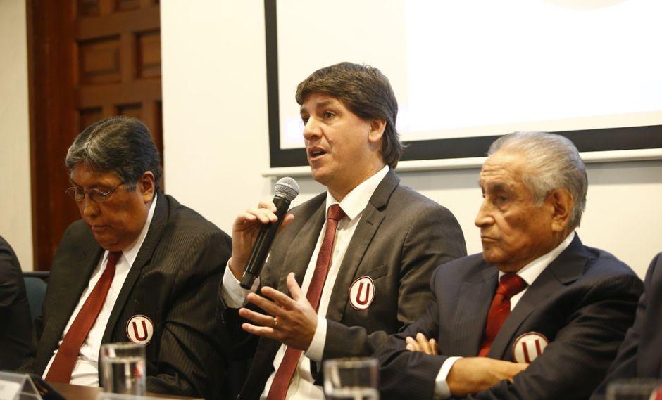 El día de la presentación de la nueva administración de Universitario, con Jean Ferrari como gerente deportivo.