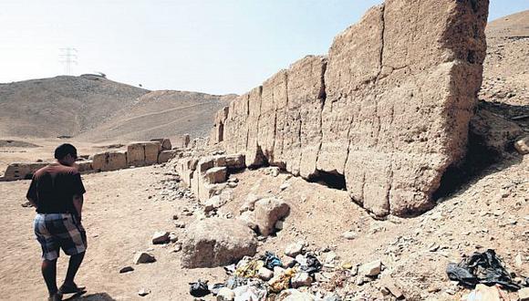 Huaca El Respiro es usada como botadero de basura