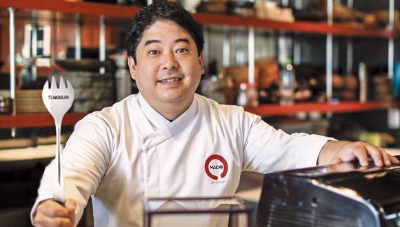 El chef Mitsuharu Tsumura y el equipo de Maido fueron premiados por su cocina nikkei y su buen servicio. (Foto: Anthony Niño de Guzmán)