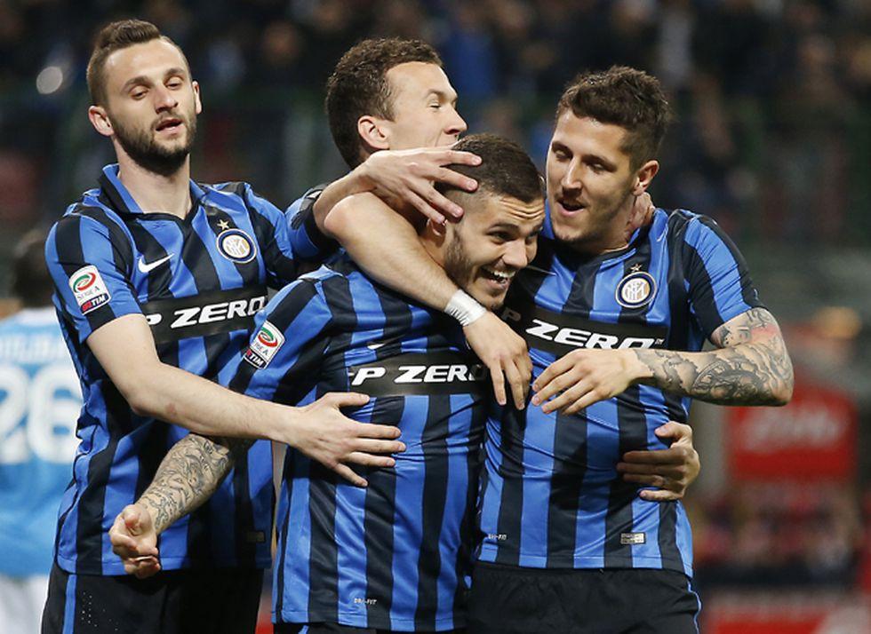 Brozovic, Perisic e Icardi celebrando un gol. (Foto: AFP)