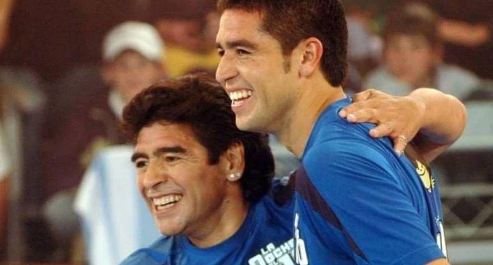 Maradona y Riquelme coincidieron en Boca en los 90. (Foto: USI)