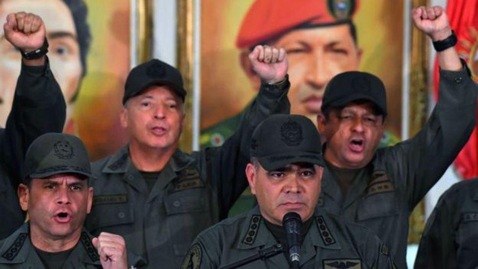 El ejército venezolano es muy corporativista y hasta ahora se ha mantenido en su mayoría leal al gobierno.