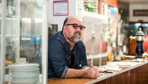 Fotógrafo rinde homenaje al legendario bar Juanito en libro