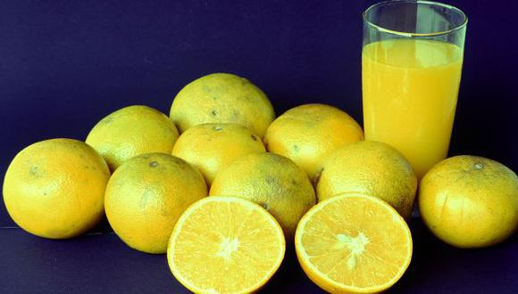 ¿Puede realmente el jugo de naranja evitar que uno se resfríe?