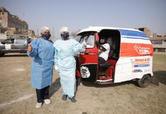 SJL: brigadas del Minsa llegaron en mototaxis a las zonas altas del distrito para seguir adelante con la vacunación | FOTOS