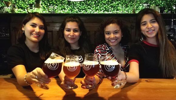 Mujeres trabajadoras, emprendedoras y con corazón 'cervecero'. (Foto: El Comercio)