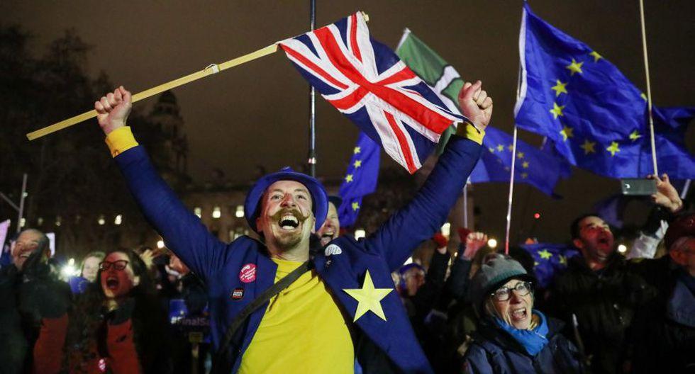 Brexit: Las fotos de la celebración de quienes se oponían al acuerdo de la separación de Reino Unido de la Unión Europea propuesto por Theresa May. (Bloomberg)