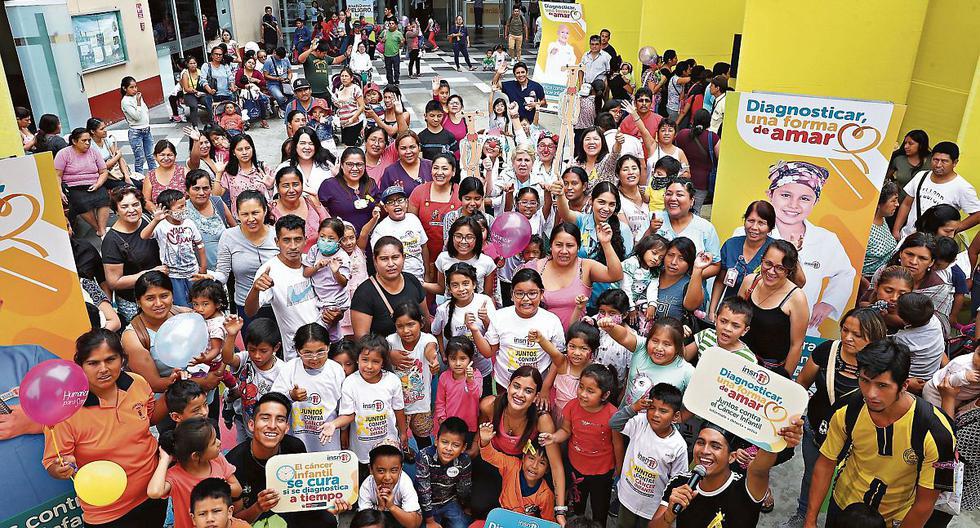 El Instituto Nacional de Salud del Niño San Borja brindó orientación a los padres sobre cómo estar atentos ante la aparición de algún cáncer. (Foto: Alessandro Currarino)