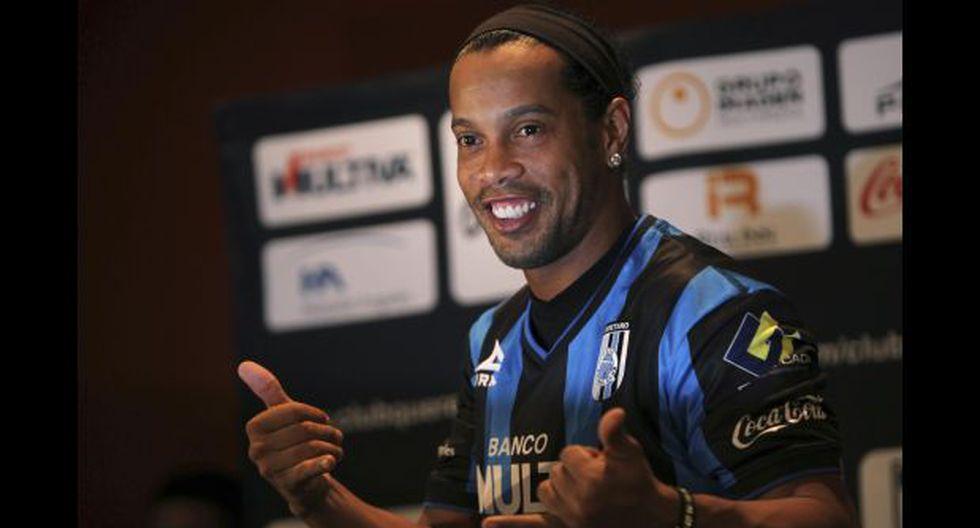 """Me arrodillaré ante Ronaldinho"", dice político que lo insultó"