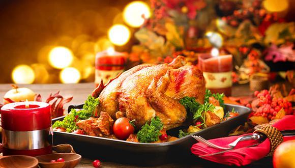 Opta por una cena ligera, acompañada de verduras y un postre ligero. (Foto: Shutterstock)