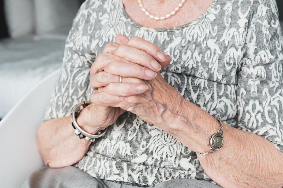 Una abuela pudo abrazar a su adorado nieto después de más de dos meses y medio separado de él debido al confinamiento para evitar la propagación del coronavirus. (Fotos: Pixabay/Referencial)