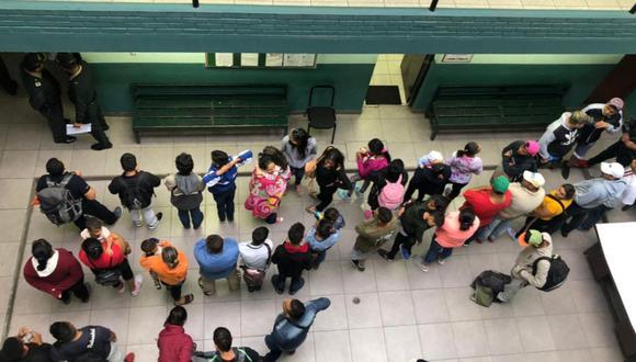 Los pasajeros fueron llevados a la comisaría de Sol de Oro (Los Olivos), donde recibieron alimentos.