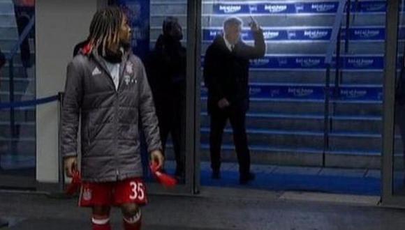 Carlo Ancelotti realizó este gesto obsceno a hinchas del Hertha