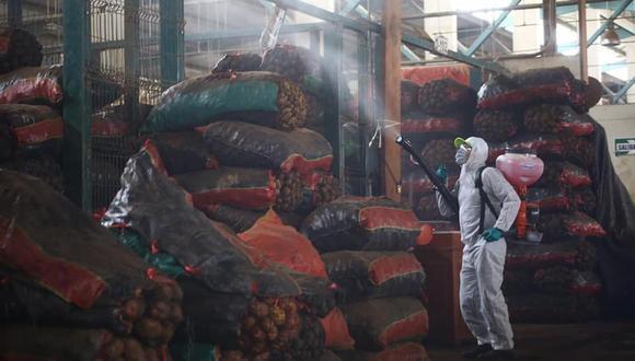 Se desinfectaron los mercados Santa Rosa del centro poblado El Milagro y María del Socorro, entre otros. (Minagri/Facebook/Referencial)