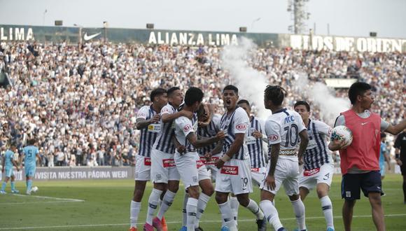 Beltrán realizó una gran jugada para el gol de Fuentes. (Foto: Francisco Neyra)