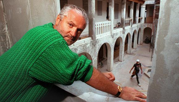 Así ocurrió: En 1997 asesinan a diseñador Gianni Versace