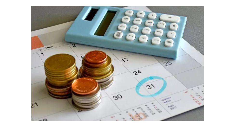 El presupuesto mensual permitirá comparar los ingresos y gastos personales para que, ante alguna necesidad de ajuste, sea más sencillo identificar de cuál se puede prescindir.