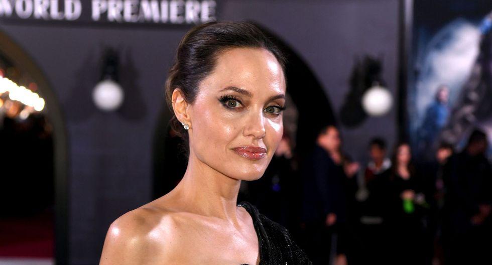 """Angelina Jolie junto a sus hijos en la alfombra roja de """"Maléfica 2"""". (Foto: AFP)"""