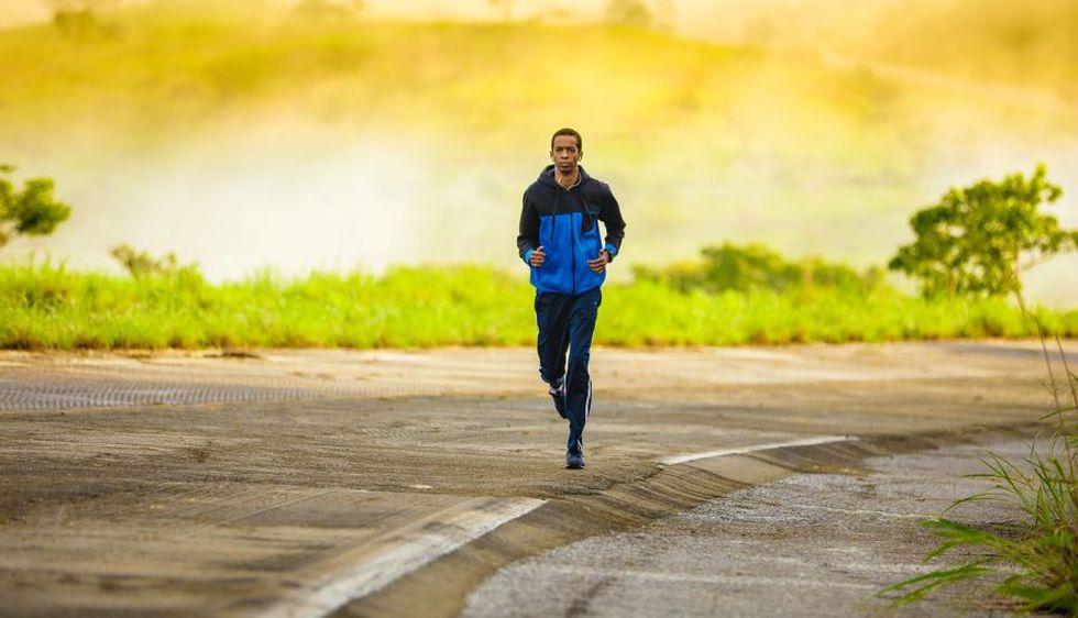 cuanto tiempo debe correr una persona para bajar de peso