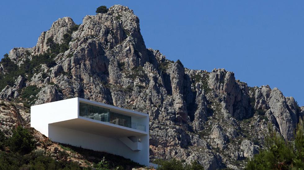 Al límite: Impresionantes casas construidas sobre acantilados - 3
