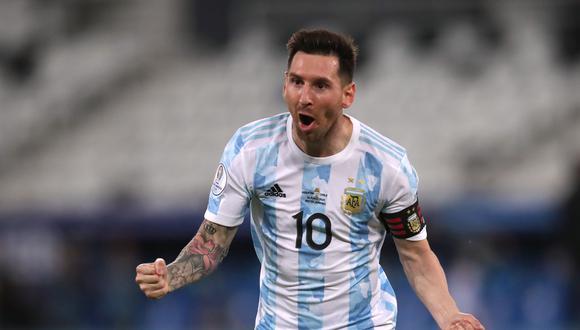 Con su tanto ante Chile, Lionel Messi superó otro récord de Gabriel Batistuta. (REUTERS/Ricardo Moraes)