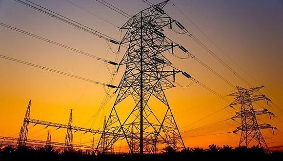 La Corte Suprema expidió una sentencia en la cual obliga al Ministerio de Energía y Minas a dictar un nuevo decreto supremo que regule de una manera transparente el mercado eléctrico para que todos reporten transparentemente sus costos. (Foto: Difusión)