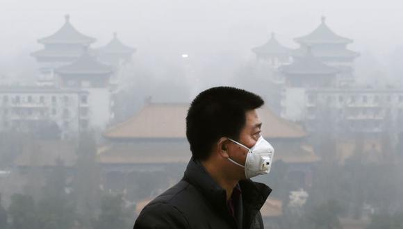 Los investigadores concluyen que la exposición a largo plazo a contaminantes del aire exterior, especialmente el ozono -que aumenta con la crisis climática- acelera el desarrollo de enfisema. (Foto: AFP)