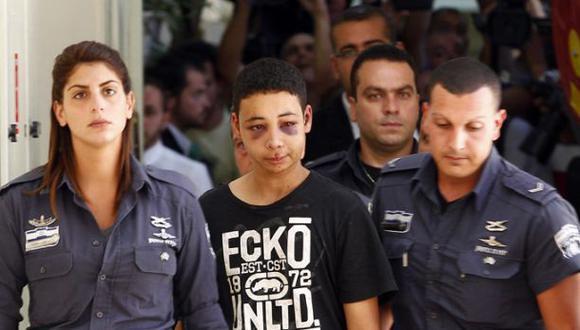 Palestino golpeado pasará 9 días en arresto domiciliario