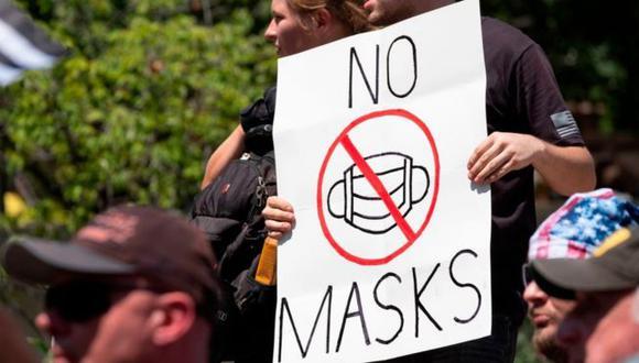 Durante la pandemia de covid-19, se han organizado manifestaciones en contra del uso de mascarillas en Estados Unidos. (Foto: Getty Images, vía BBC Mundo).