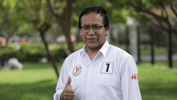 Roberto Sánchez, candidato al Congreso y presidente de Juntos por el Perú, dijo que hay coincidencias con Pedro Castillo. (Foto: Andina)