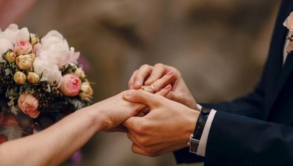 La pareja contó que debido a que no tenían muchos invitados no pudieron completar la lista de damas de honor. (Foto: Freepik)