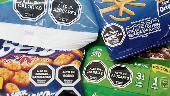 El CMP precisó que es necesario que las personas estén informados sobre los contenidos de los productos procesados y ultra procesados con elevadas cantidades de sodio, grasas saturadas, azúcares y grasas trans.