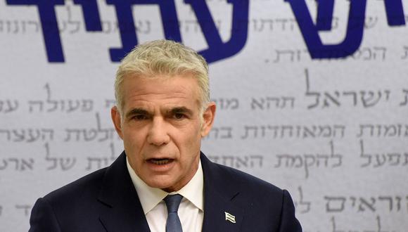 Yair Lapid afirma contar con los apoyos para formar un gobierno en Israel y acabar así con la era de Benjamin Netanyahu. (Foto: DEBBIE HILL / POOL / AFP).
