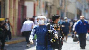 Protector facial será obligatorio desde hoy para ingresar a mercados, supermercados y comercios