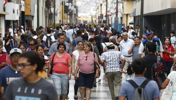 Consumidores mantienen expectativa de una mejor situación económica en el largo plazo. (Foto: Piko Tamashiro)