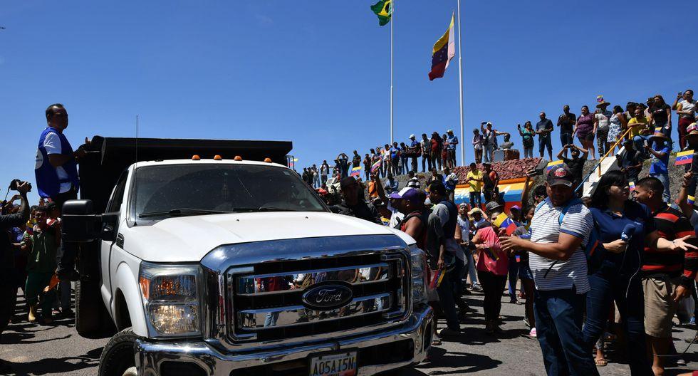 Crisis en Venezuela | Pacaraima | Retiran de frontera de Brasil vehículos con ayuda humanitaria. (AFP).